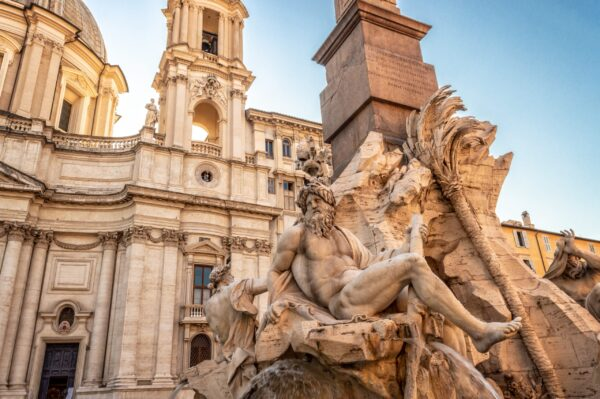Tour-fotografico-Fontana-dei-quattro-fiumi-Roma-scaled